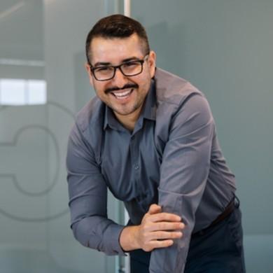 Juan Linkedin Profile Pic